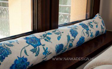 A Nanka Design huzatfogó párnája